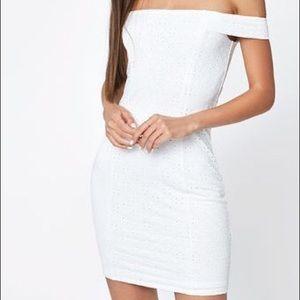 LA HEARTS Off-The-Shoulder Eyelet white dress  ♥️